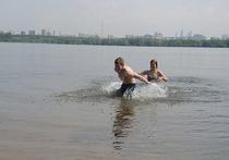 Как москвичи открывали купальный сезон