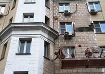 Жильцы сталинских домов Москвы начали массово жаловаться на